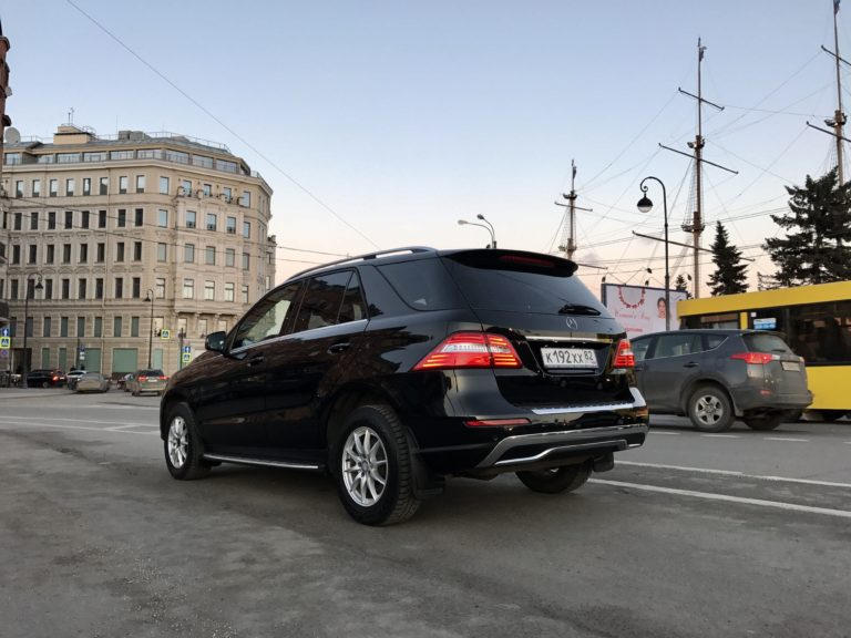 Mercedes ML Black