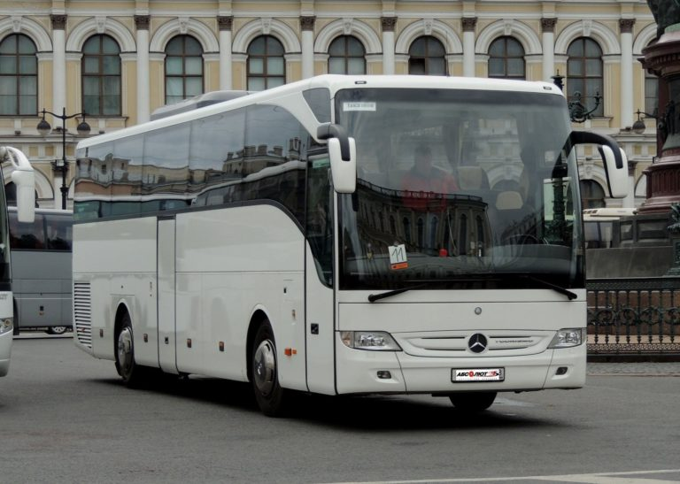 Mercedes-Benz Tourismo (бизнес-класс)